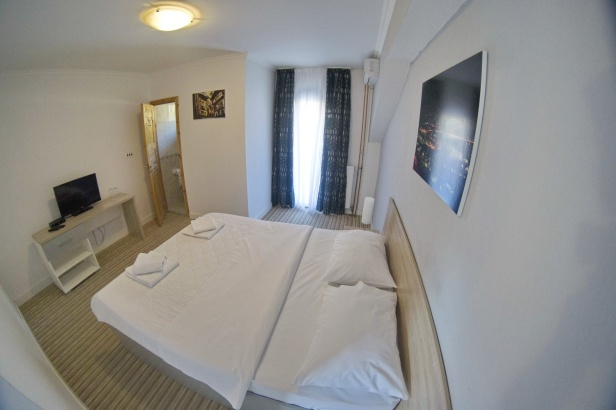 DOSTIĆ APARTMANI fish eye (16)