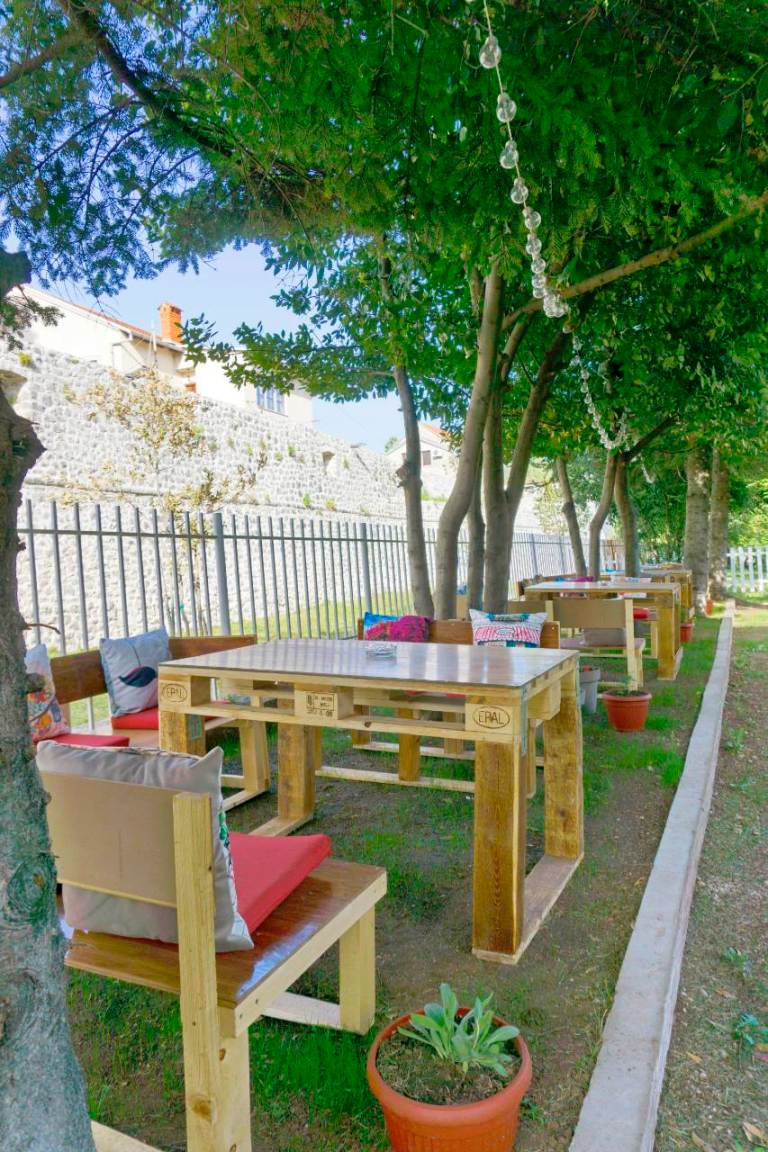 Ljetnja bašta Parkić (6).jpg